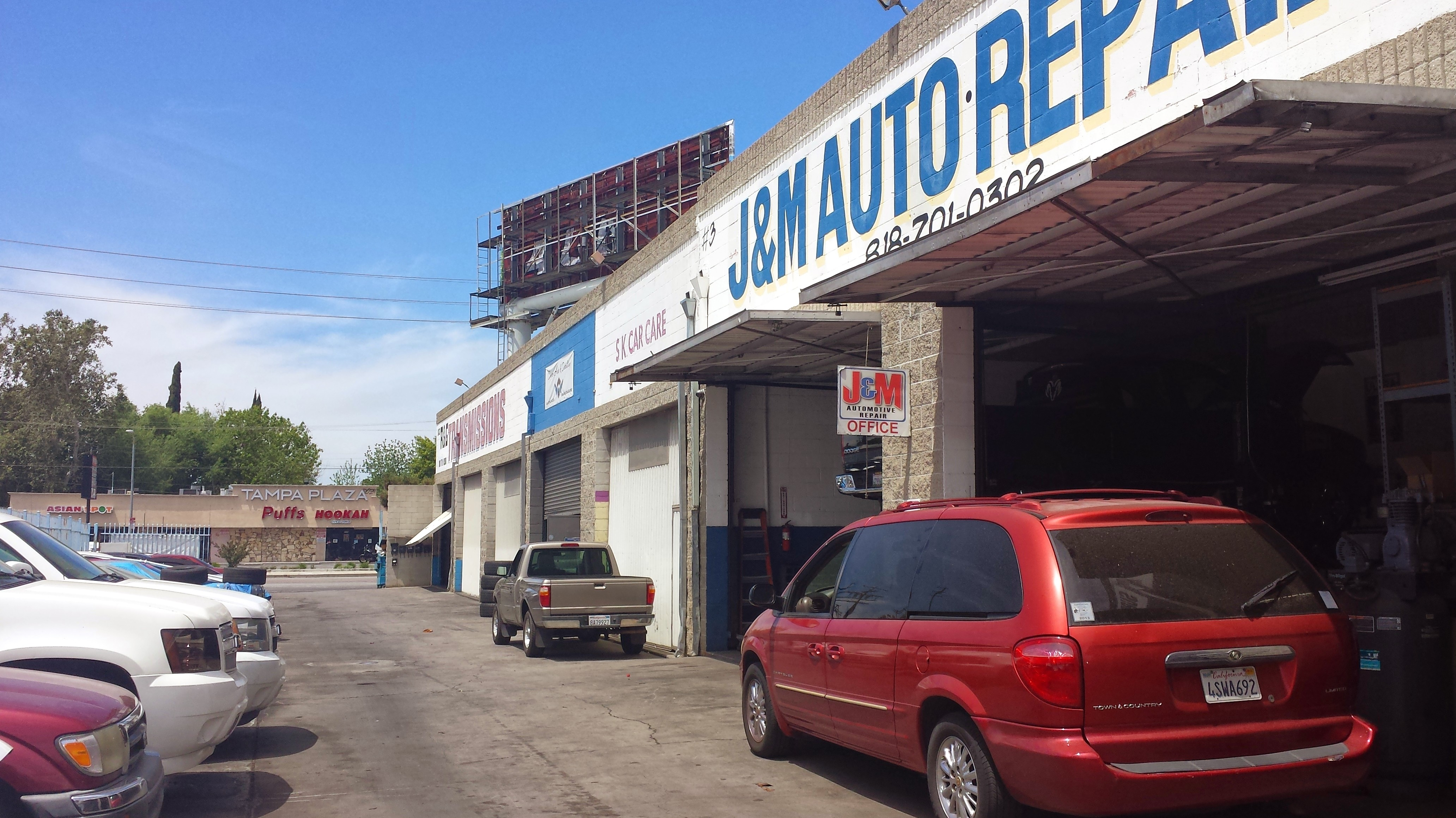 AUTO BAY FOR LEASE
