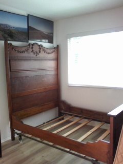 SELLING TWIN BED HEAD BOARD, SIDE RAILS, FOOT BOARD AND BED FRAME