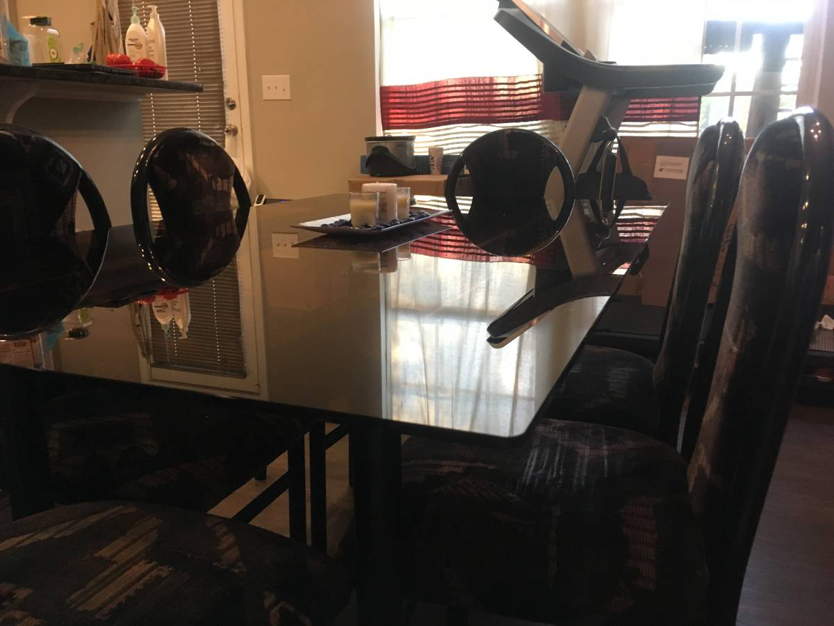 Dining Table 6 Seater - $55 Or Best Offer - Moving Sale