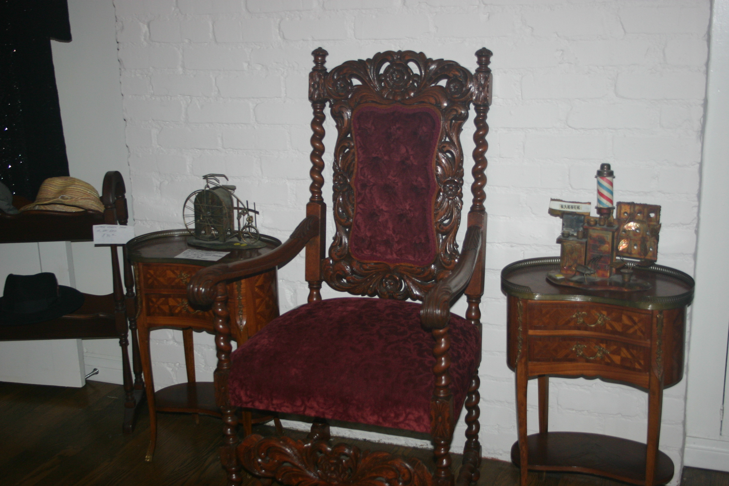 Estate Liquidation Sale ! Art, Antiques, Collectibles, Mirrors, Furniture & More !!!
