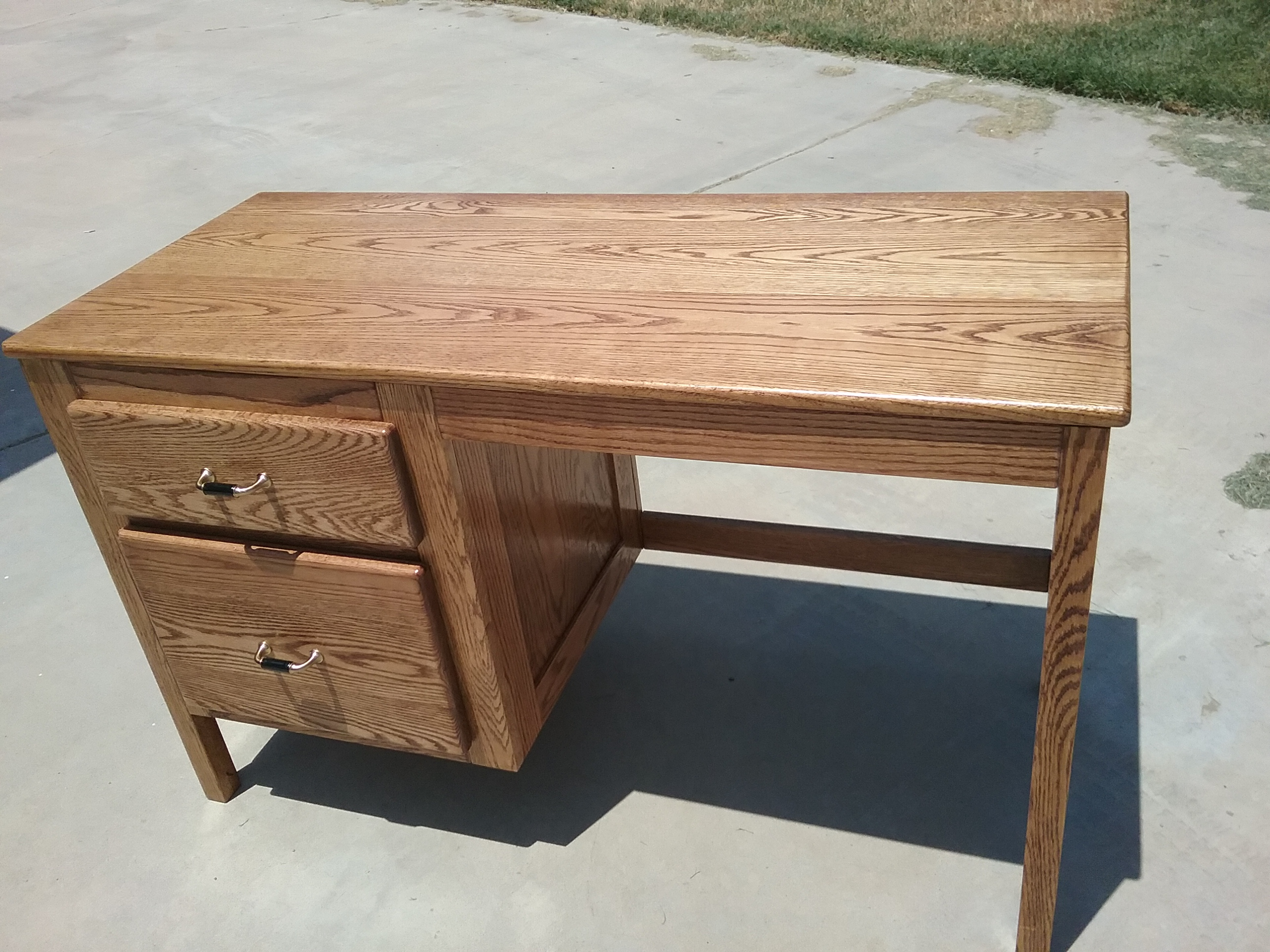 WRITING DESK PRICED TO SELL