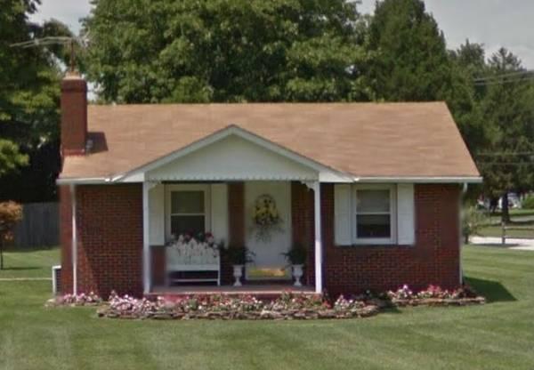 1 bedroom 1 bath fixer upper house in Vineland New Jersey!