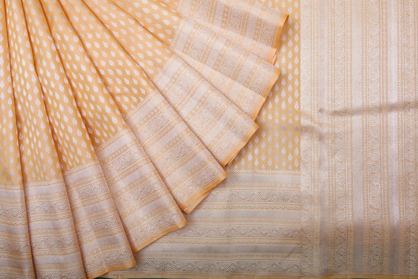 Singhanias festive and wedding kanjeevaram silk handloom sarees collection