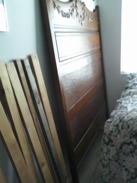 SELLING TWIN BED LARGE HEAD BOARD