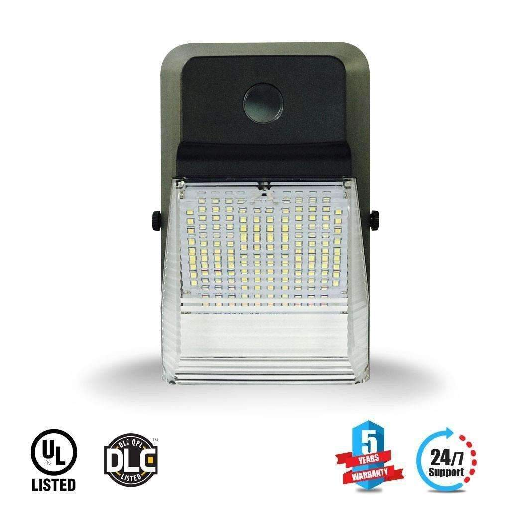 Best Outdoor LED Wall Pack 20W 5700K Forward Throw, 2200 Lumens