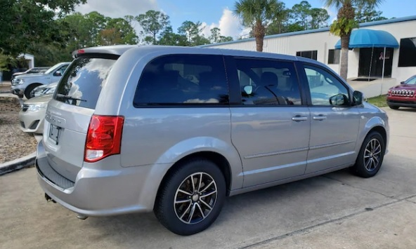 2014 Dodge Grand Caravan SE 30th Anniversary Wagon 18552A