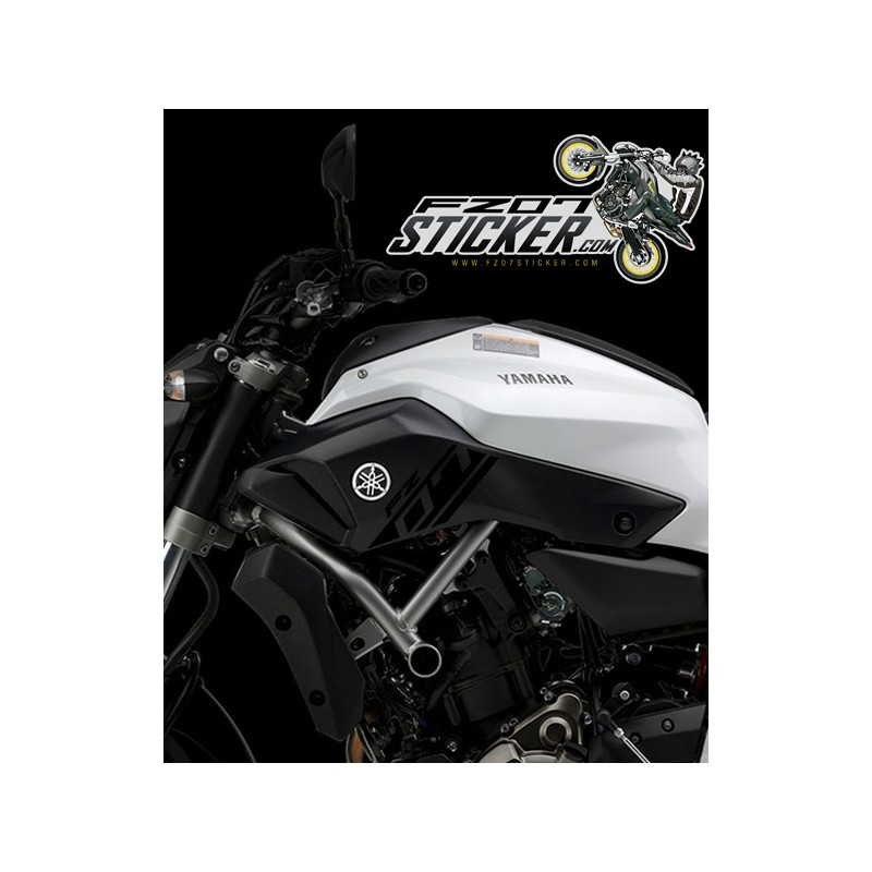 Yamaha FZ-07 side cover sticker (01)