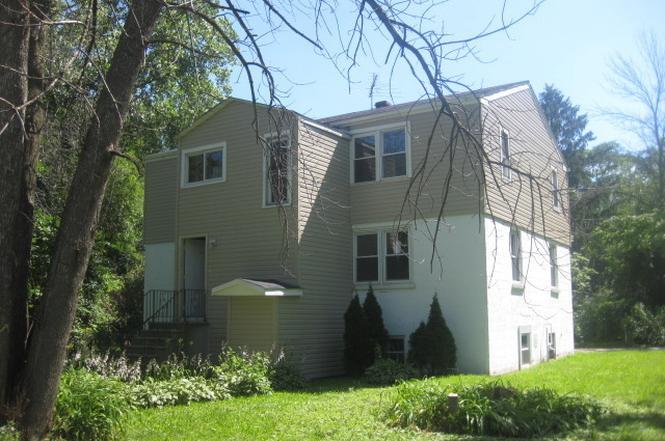 17231 Laflin Ave, (East Hazel Crest, IL)