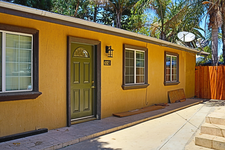 Reseda 2b/2b prime home $2795