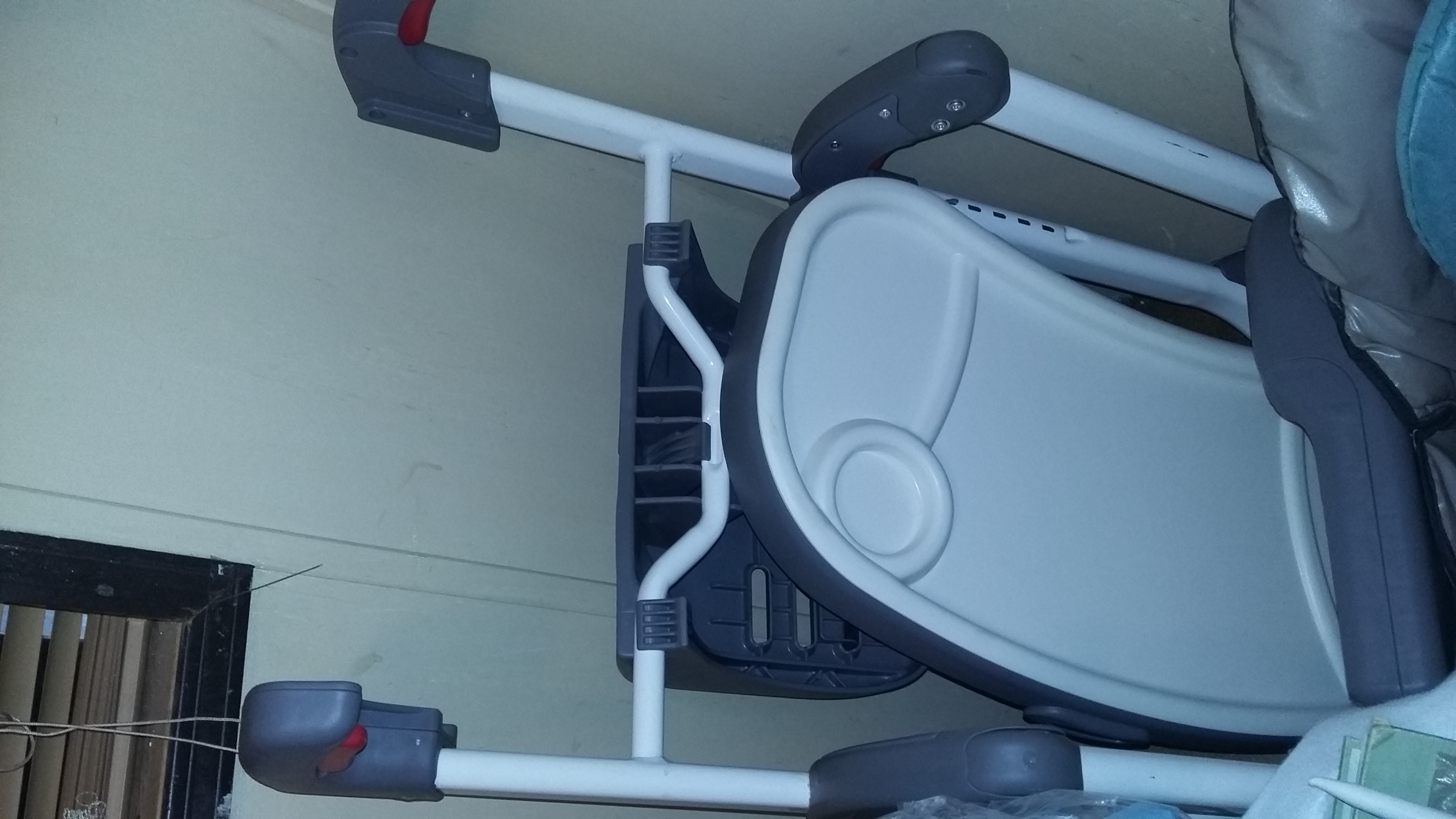 Graco duo high chair Booster seat with  removeable tray.