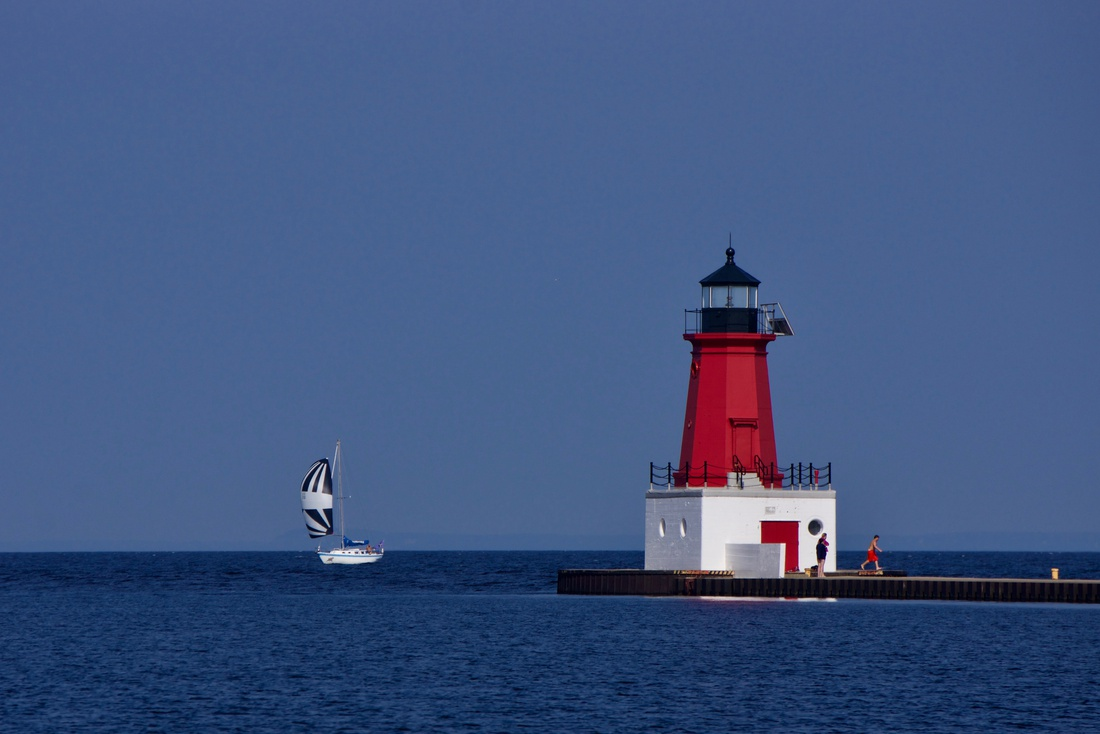 Menominee North Pier Lighthouse featured image.