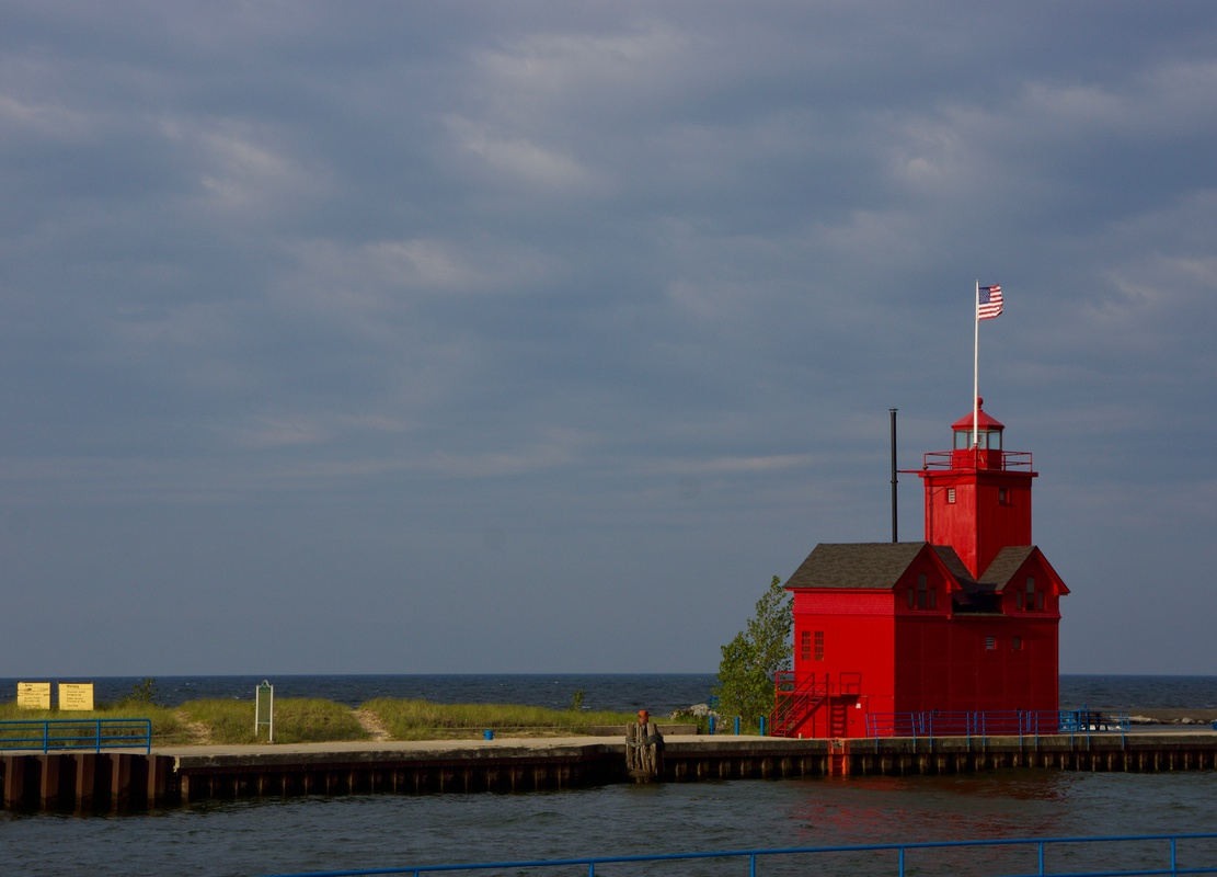 Holland Harbor Lighthouse featured image.