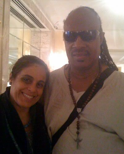 Tereza Xavier e seu ídolo, Stevie Wonder (Foto: Reprodução)