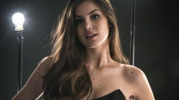 Camila Queiroz atraiu o público em seu primeiro papel na TV, como Angel (Foto: Reprodução)