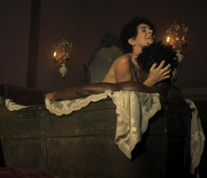 """Maitê Proença protagoniza cenas quentes em """"Liberdade, Liberdade"""". (Foto: Divulgação)"""