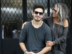 João Vicente de Castro é filho da estilista Gilda Midani (Foto: Reprodução)