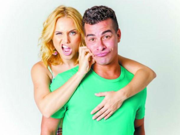 """Na peça """"O Grande Amor da Minha Vida"""", Thiago divide o palco com a atriz Letícia Collin (Foto: Yuri Sadenberg)"""