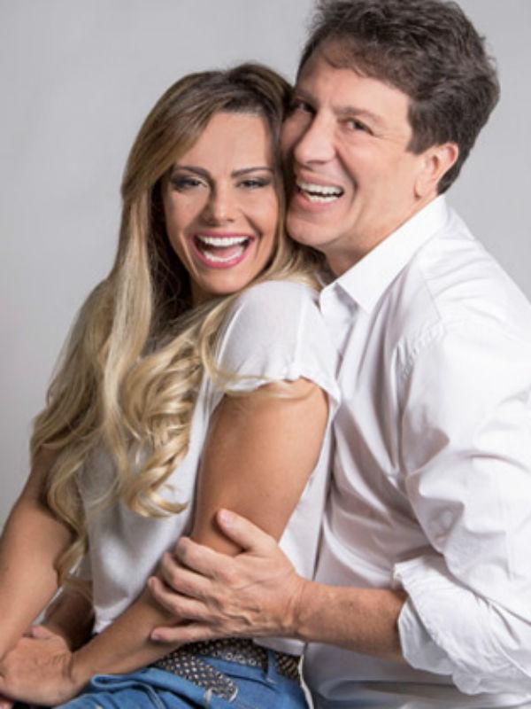 """Ao lado de Eduardo Martini, Viviane estreia nesta sexta-feira a peça """"Até Que O Casamento Nos Separe"""", no Rio (Foto: Divulgação)"""