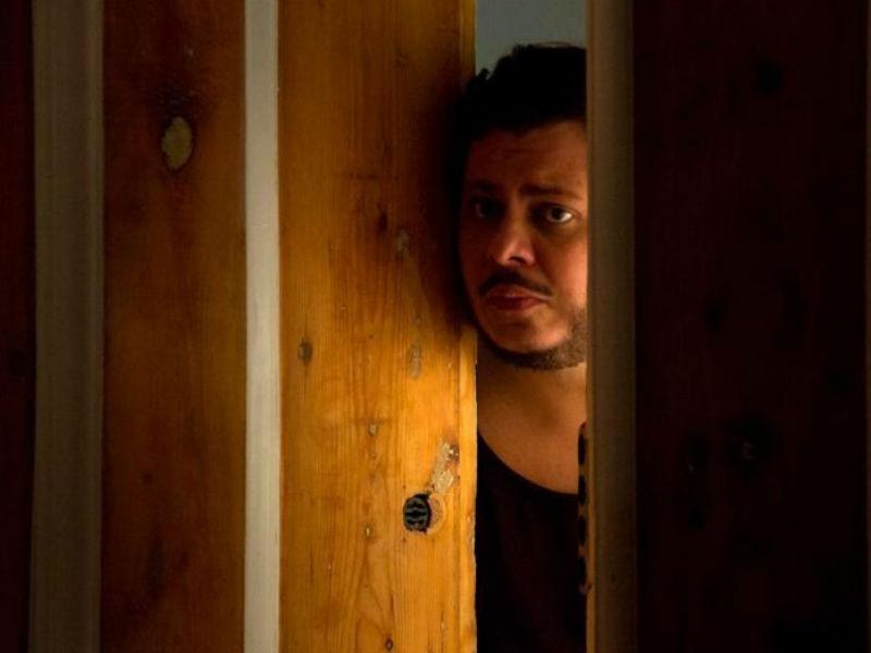 """O ator atuou no filme português """"A Canção de Lisboa"""" (Foto: Reprodução)"""