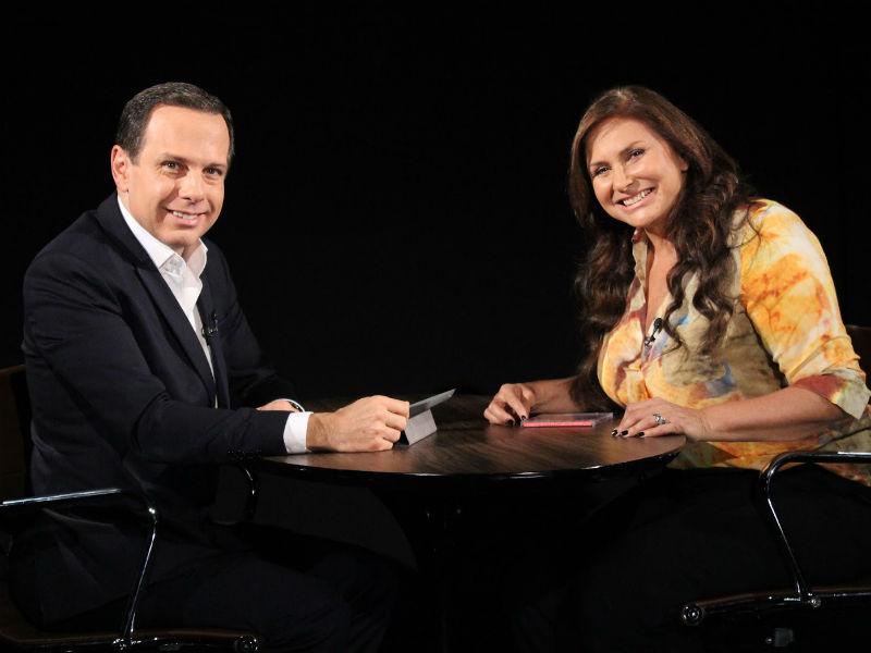 """No programa """"Face a Face"""", que vai ficar sob comando de Galisteu, João Doria entrevista personalidades, como a cantora Fafá de Belém (Foto: Reprodução)"""