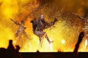 Beyoncé no palco do BET Awards (Foto: Divulgação)