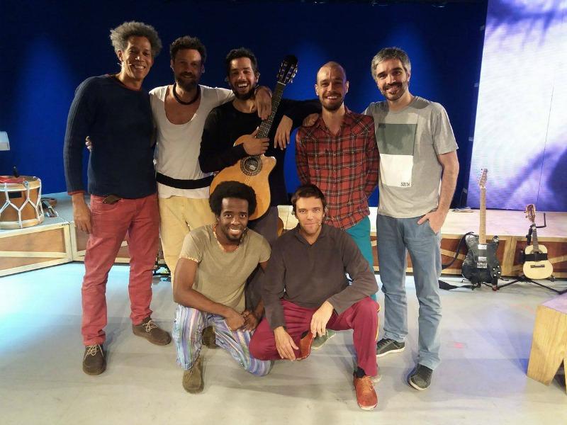 """Elenco da peça """"Gilberto Gil: Aquele Abraço - O Musical (Foto: Leonardo Rocha)"""
