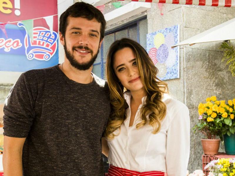 """Jayme Matarazzo e Fernanda Vasconcellos em """"Haja Coração"""" (Foto: Reprodução)"""