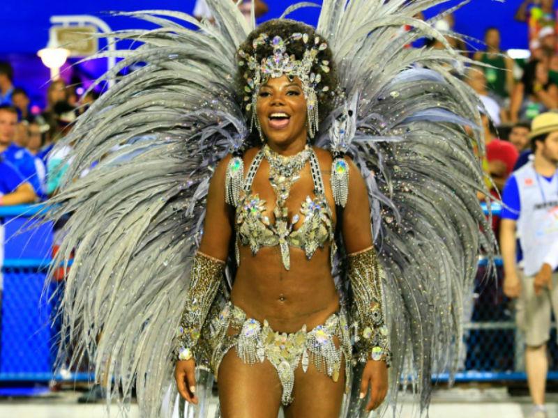 Ludmilla no desfile do Salgueiro no carnaval desse ano (Foto: Reprodução)