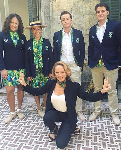 e49745f12b Comitê Olímpico Brasileiro e Lenny Niemeyer apresentam uniformes dos ...