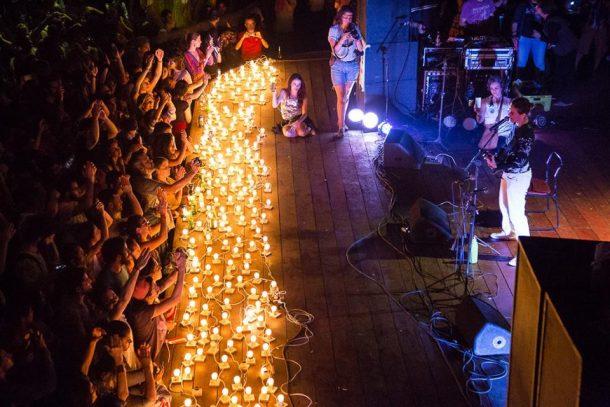 Zélia Duncan também protestou no palco do Canecão (Foto: Divulgação)