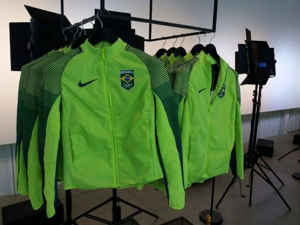 Jaqueta NikeLab Time Brasil (Foto: Leonardo Rocha)