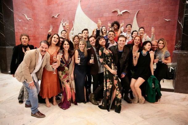 Elenco e produção do musical (Foto: Felipe Panfili)