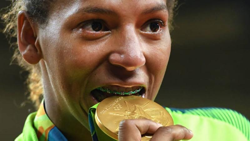 Rafaela Silva, atleta do Instituto Reação e a merecida medalha de ouro!
