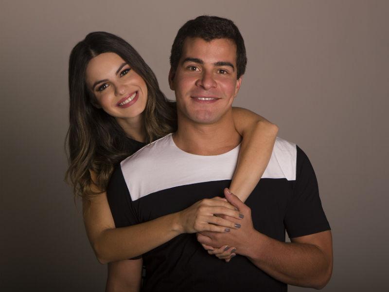 """Sthefany Brito e Thiago Martins estão em cartaz no teatro do Shopping Fashion Mall com a peça """"O Grande Amor da Minha Vida"""" (Foto: Rodrigo Molina)"""