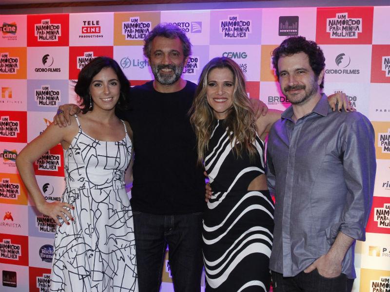 Júlia Rezende, Domingos Montager, Ingrid Guimarães e Caco Ciocler (Foto: Marcelo Sá Barretto/AgNews)