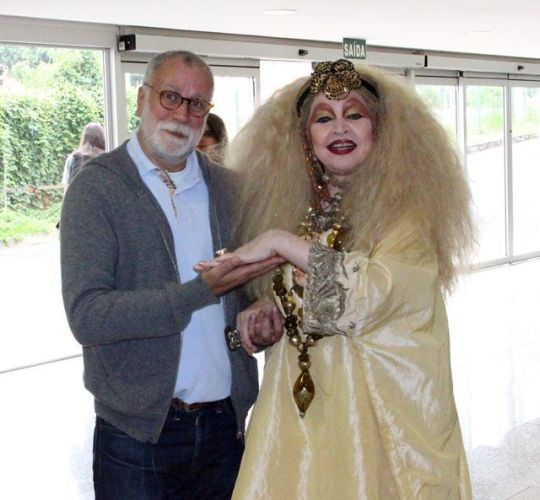 O lorde Paulo Martinez e a diva das divas Elke Maravilha (Foto: Henrique Fonseca)