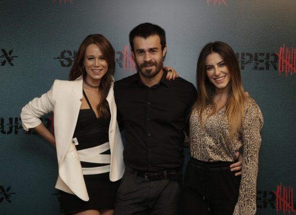 """Mariana Ximenes, Erom Cordeiro e Cleo Pires na coletiva de """"Supermax"""" (Foto: Foto: Artur Meninea/Divulgação)"""