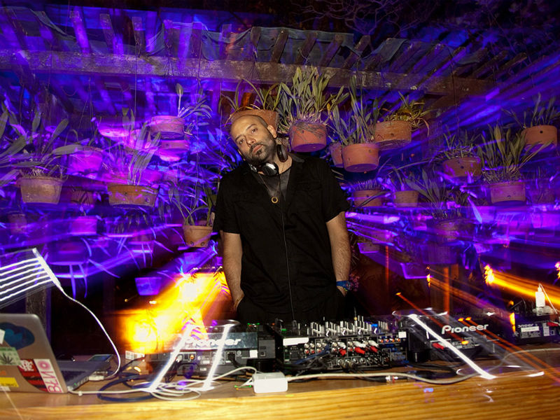 DJ Rodrigo Penna na festa Coordenadas (Foto: Divulgação)