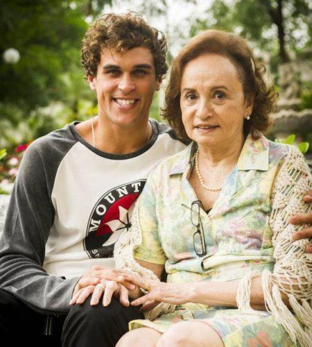 """Felipe Roque e Joana Fomm são Gabriel e Cleo em """"Malhação"""" (Foto: Divulgação)"""