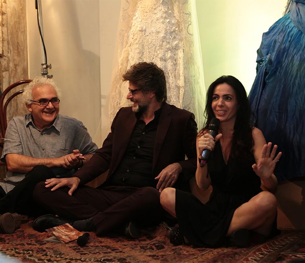 Milton Hatoum, Luiz Fernando Carvalho e Maria Camargo (Foto: AgNews)
