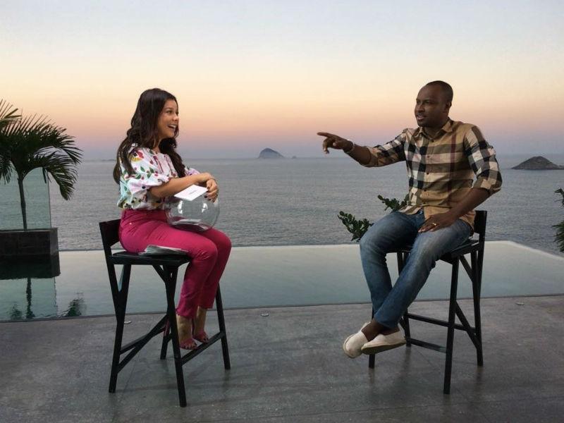 Fernanda Souza e Thiaguinho em um dos episódios da primeira temporada (Foto: Reprodução)