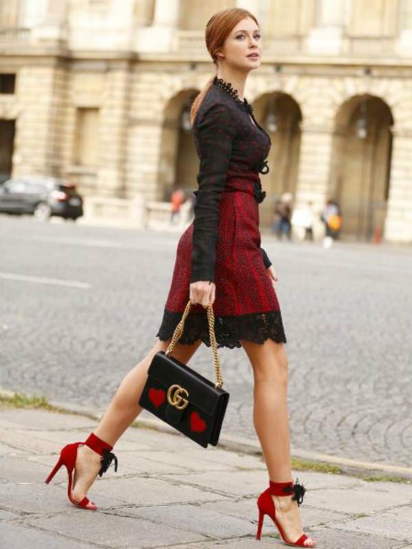 Marina Ruy Barbosa no Paris Fashion Week (Foto: Reprodução)