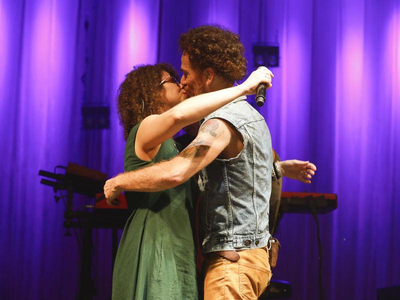 Roberta Campos e Nando Reis na Arena Banco Original (Foto: Felipe Panfili)