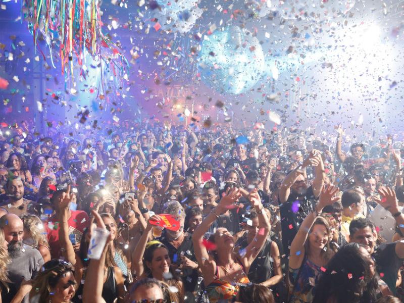 A festa Bailinho comemora os dez anos de sucesso em três dias na Arena Banco Original (Foto: Felipe Panfili)