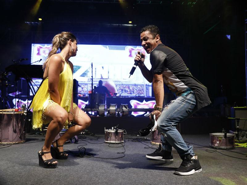 Carol Sampaio e MC Leozinho na Arena Banco Original (Foto: Felipe Panfili)