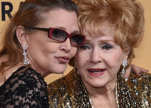 Carrie Fisher e a mãe, Debbie Reynolds (Foto: Divulgação)