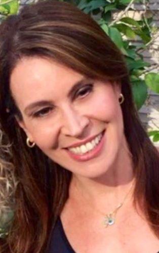 Em sua coluna do site HT, a dermatologista Mônica Azulay explica as diferenças entre os raios ultravioletas e como se proteger no dia a dia. Vem ler!