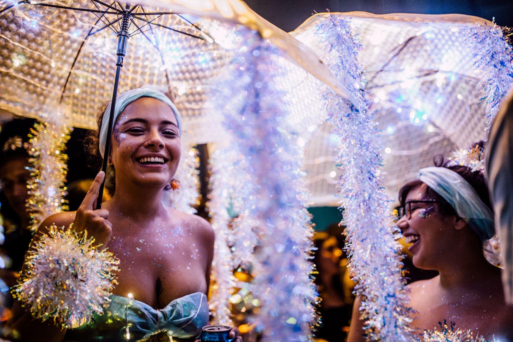"""Organizador do """"Minha Luz é de Led"""" comenta o sucesso das bananobikes no carnaval carioca de 2017:"""