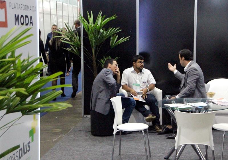 Na Plataforma da Moda, as empresas terão amplo suporte técnico e especializado para realizar vendas (São Paulo - Foto: Henrique Fonseca)