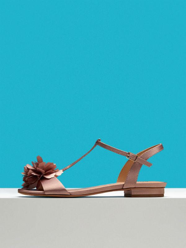 f5059052c Verão 2018: Gisele Bündchen é o rosto da nova coleção da Arezzo que ...